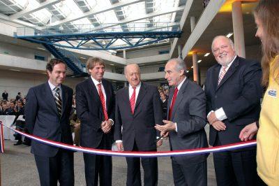 2004 Inauguracion San Carlos 5 Corte de Cinta
